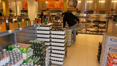 Systembolaget - švédska štátna sieť, ktorá má výhradne práva na predaj alkoholu vo Švédsku