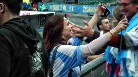 Argentinčania sa radujú z víťazstva nad Slovenskom.