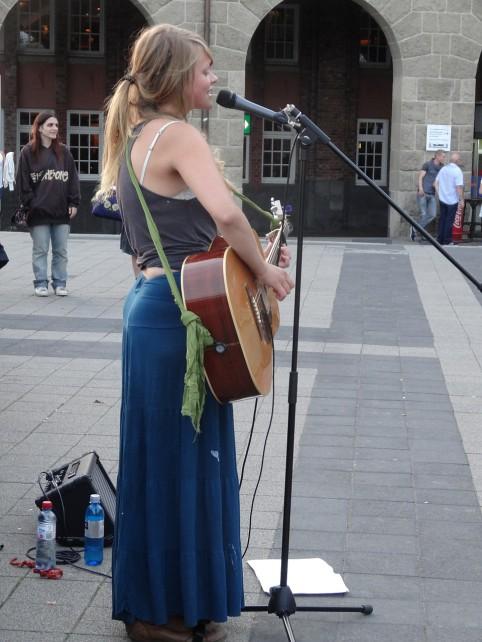 Miestná speváčka